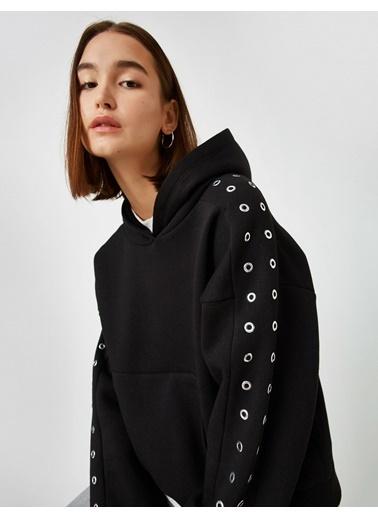 Koton %100 Pamuk Kapüsonlu Metal Detayli Cepli Sweatshirt Siyah